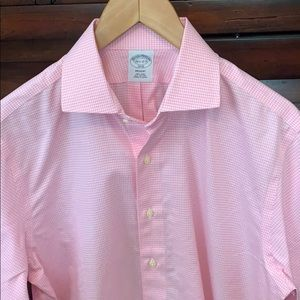 NWOT Brooks Brothers Pink/White Button Down